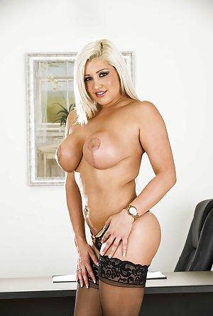 Busty Moms Pornstars Pictures
