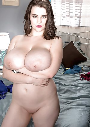 Busty Moms Shaved Pussy Pictures