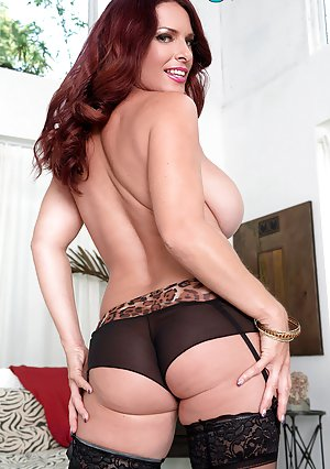 Busty Moms in Panties Pictures