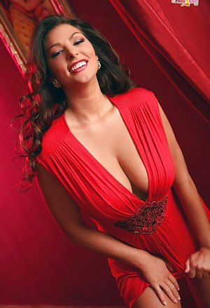 Busty Milfs Pictures