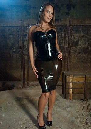Busty Moms in Latex Pictures