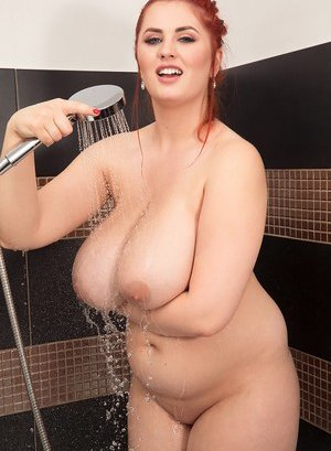 Busty Moms in Shower Pictures